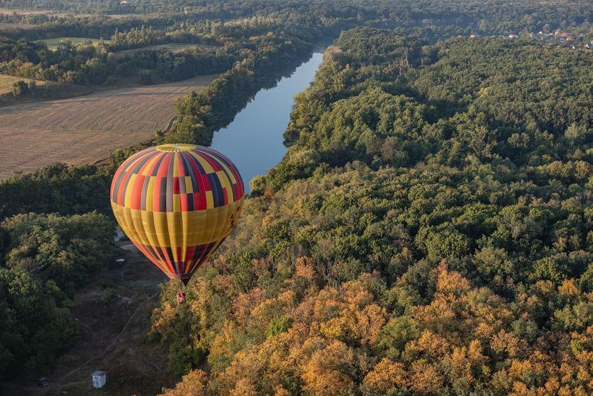 vue de montgolfière pour faire son bilan et prendre de bonnes résolutions